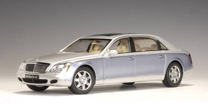 1/18 MAYBACH 62 LWB - NAYARIT SILVER / COTED AZUR BLUE BRIGHT