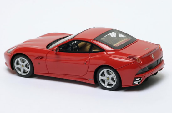 FERRARI CALIFORNIA CLOSED ROOF � RED