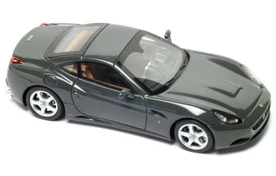 FERRARI CALIFORNIA CLOSED ROOF � DARK SILVER